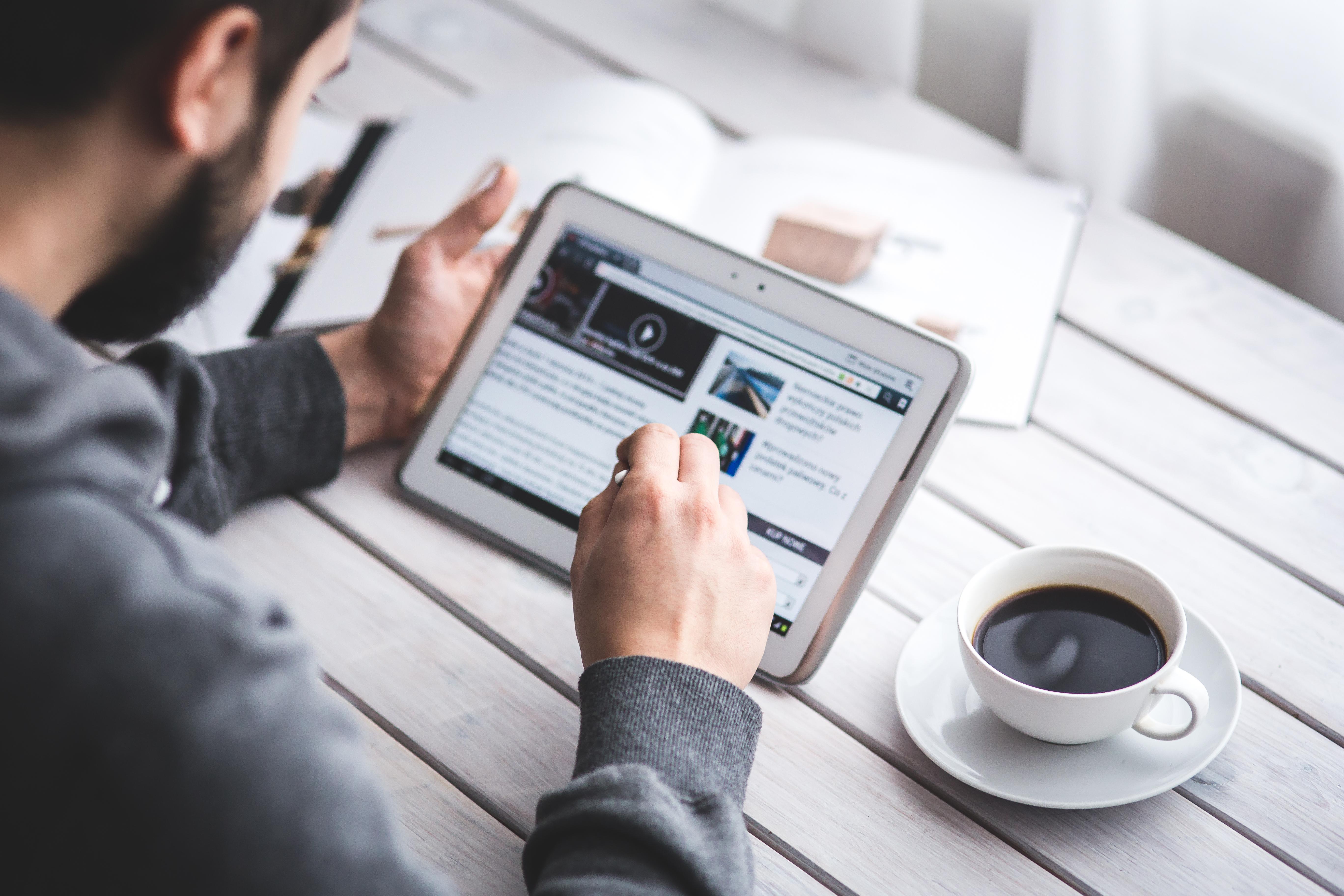 Se vuoi scoprire se è giusto diffondere o meno un comunicato stampa sui social, continua a leggere questo articolo