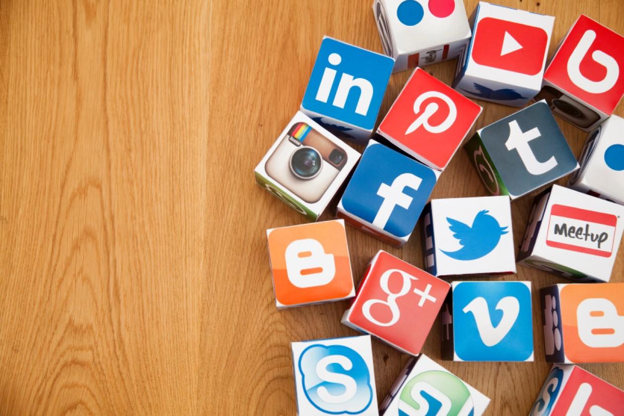 PA social calendario editoriale per Facebook