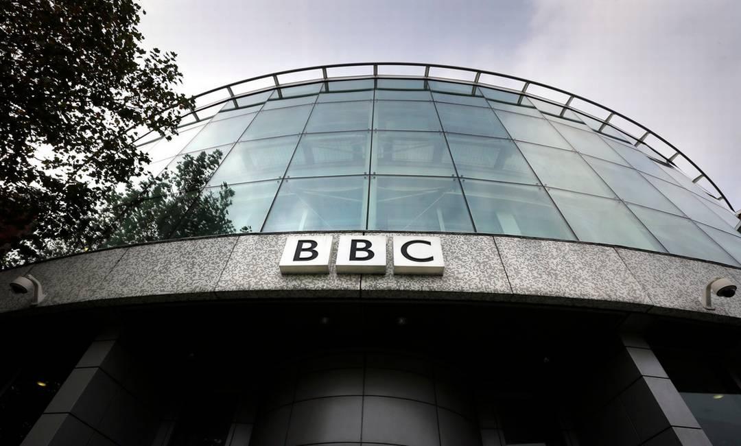 Scopri come scrivere un comunicato stampa efficace: l'esempio della BBC